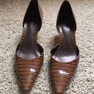 Ann Taylor heels with croc design